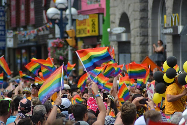 gay-1453594_1920-RC9YhmdoLb0PmUuznl6jgVL