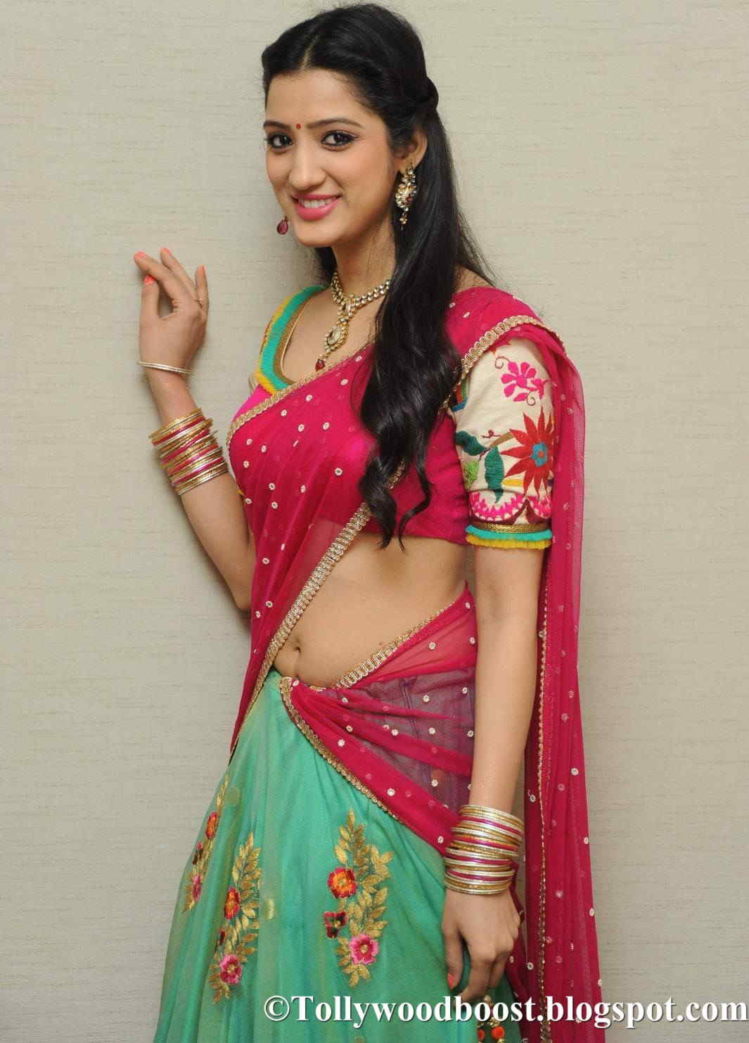 Beautiful Telugu Girl Richa Panai Fashion Walk Stills In Red Lehenga Voni