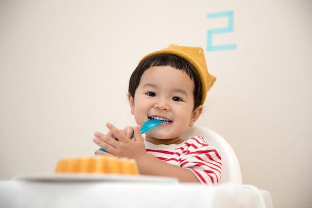 Tips Aman Memberikan MPASI Pada Bayi