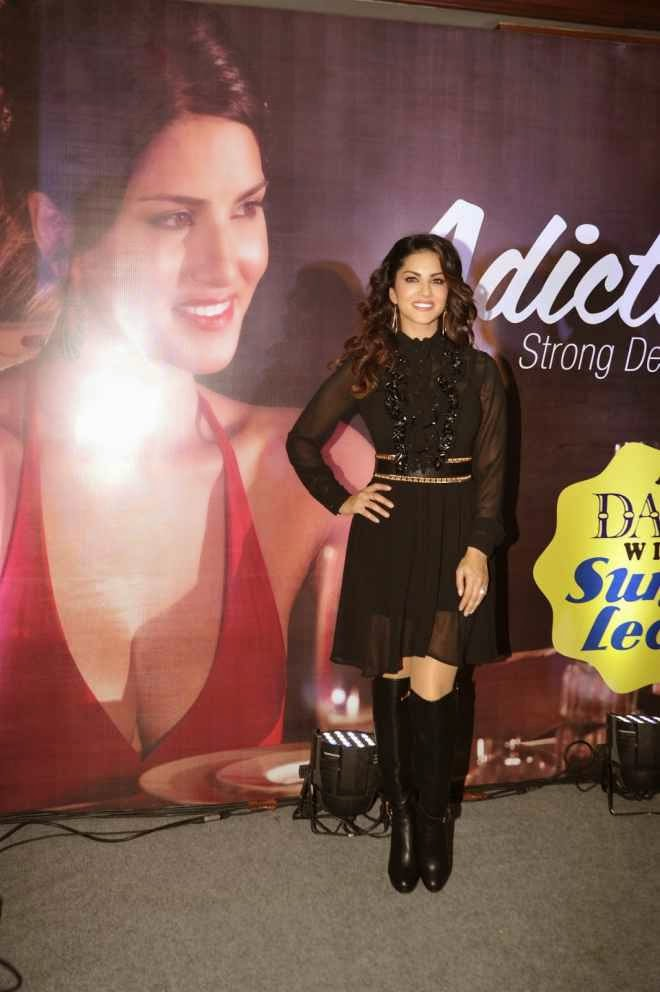 sunny leone hot wallpapers