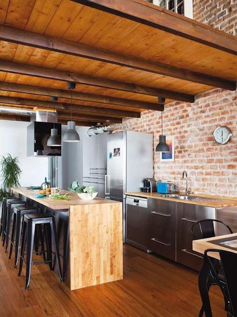 Kitchen With Bar 9