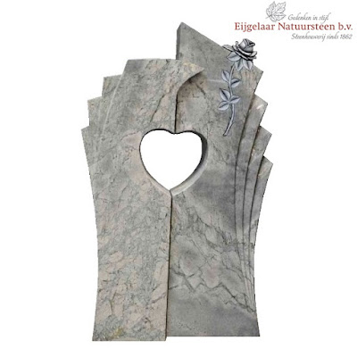 grafsteen hart, grafsteen uitgespaard hart, grafsteen hart met roos