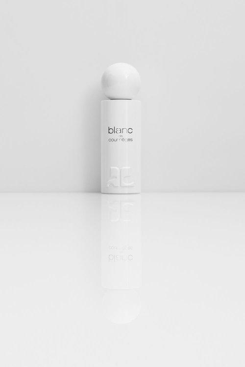 coulissesparfum blanc de courr ges courr ges in white. Black Bedroom Furniture Sets. Home Design Ideas