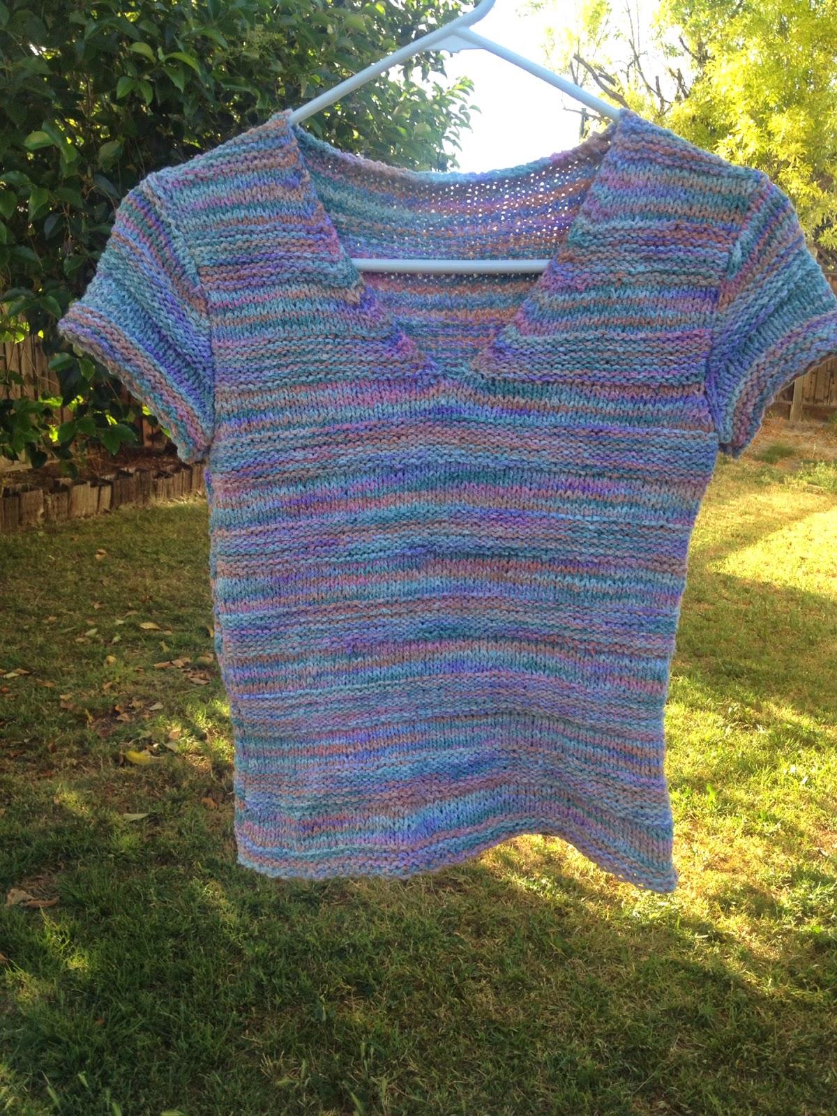 Camy's Loft: Boucle V-neck top knitting pattern