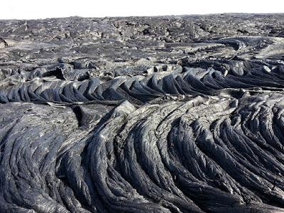 lave cordée du volcan Kilauea à Hawaï