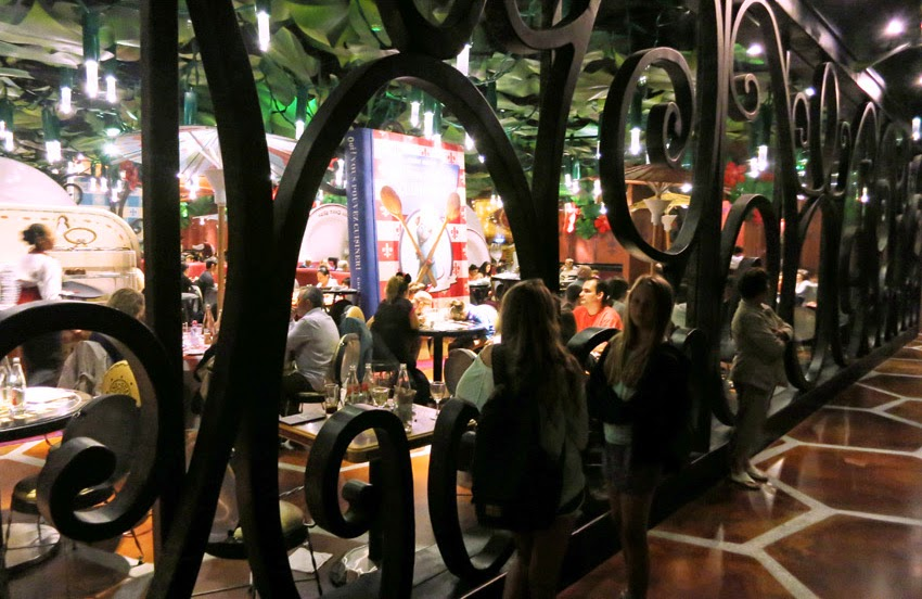 Atracción Ratatouille en Disneyland Paris3