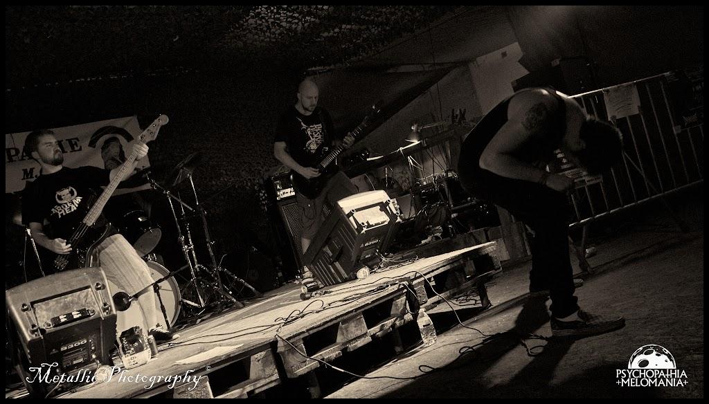 Simon Gaudron & Samuel Lambert & Pierre Laurent Schifflers @Infected, Metal Corporation Fest 2015 - METAL, MCP Apache, Fontaine-L'Évêque, Belgique 29/08/2015