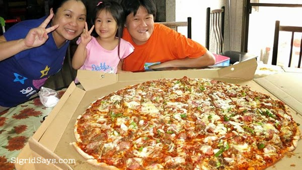 Greenoz Pizzaria - Bacolod restaurants
