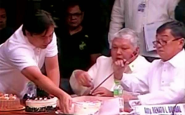 Makati senior citizens birthday cake overpriced, says Binay foe