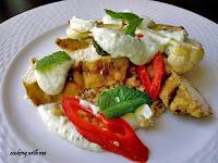 Σαλάτα Πλιγούρι με ψητά λαχανικά και κοτόπουλο  - by https://syntages-faghtwn.blogspot.gr