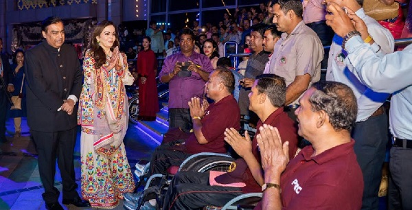 mukesh ambani,nita ambani,akash ambani wedding,akash ambani,isha ambani,akash ambani and shloka mehta wedding,akash ambani wedding video,akash ambani marriage,akash ambani shloka mehta,mukesh ambani and nita ambani,nita ambani dance,isha ambani wedding,nita ambani wedding,nita ambani lifestyle,nita ambani biography,akash ambani wedding live,mukesh ambani son wedding,mukesh ambani son