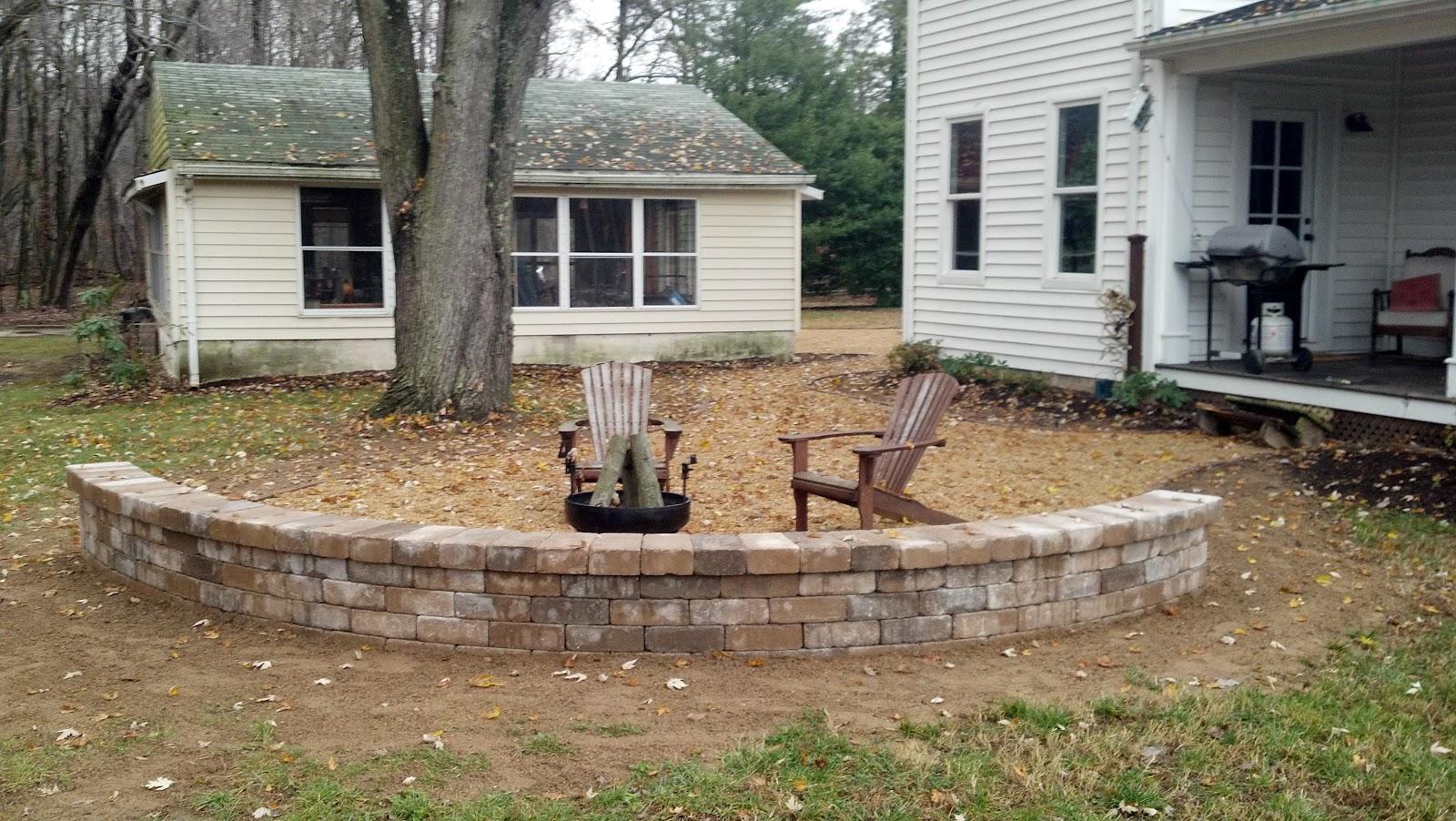 pea gravel patio walkways with brick