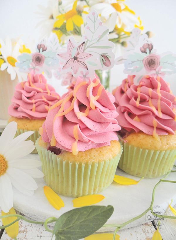 cupcakes-frambuesas-rellenos-lemon-curd-reto-disfruta