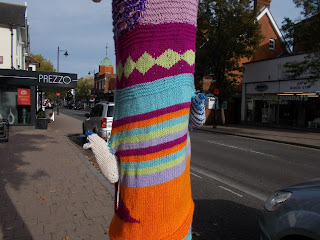 Fleet Animals; Fleet Hampshire; Fleet High Street; Small Scale World; smallscaleworld.blogspot.com; Street Art; Woollen Mouse's; Wool Mice; Woolly Mice; Woolly Tree; Yard Tree; Yarn Bomb; Yarn-bombing;
