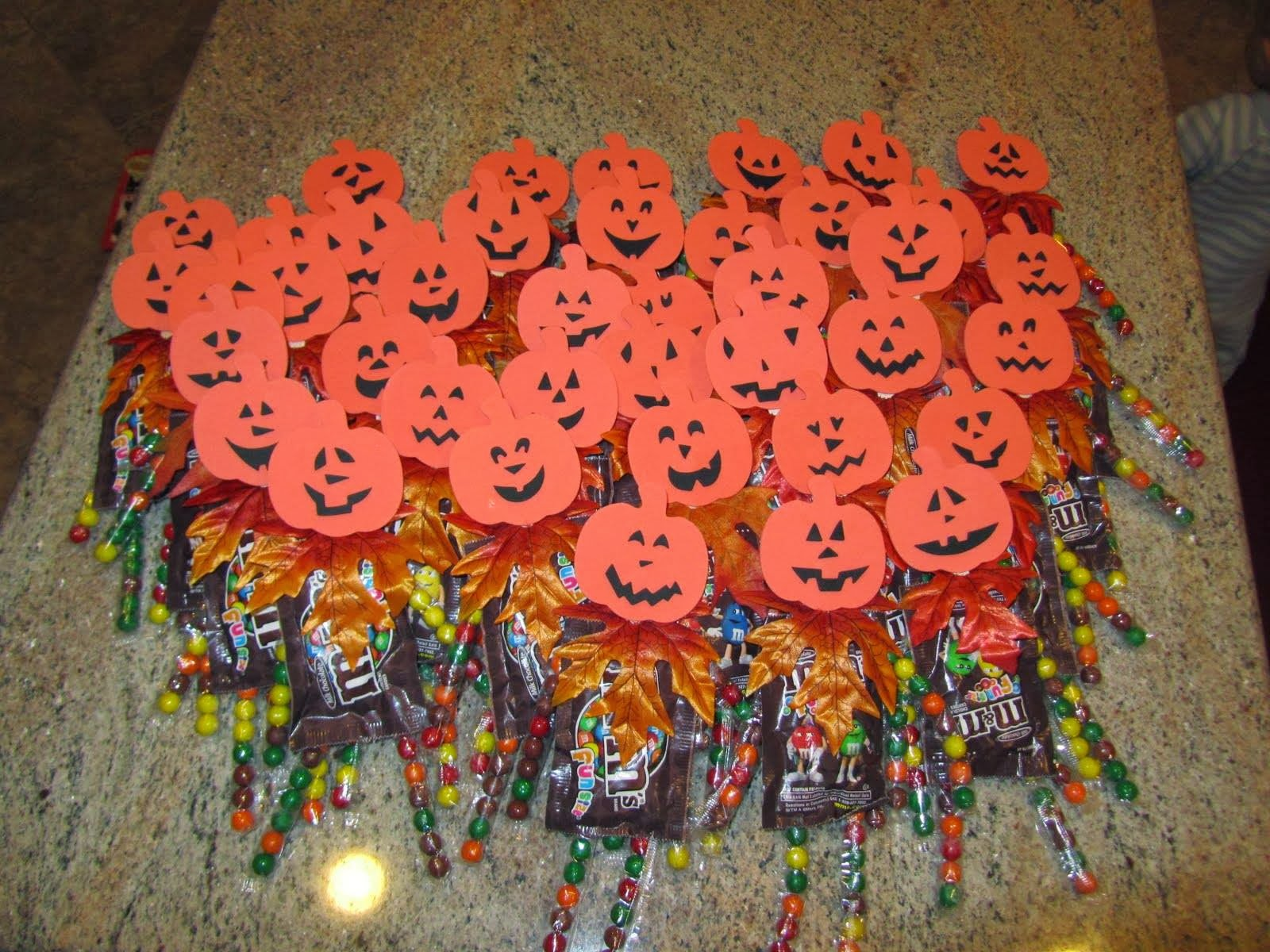 great giveaway ideas frugalicious chick great frugalicious halloween candy 6511