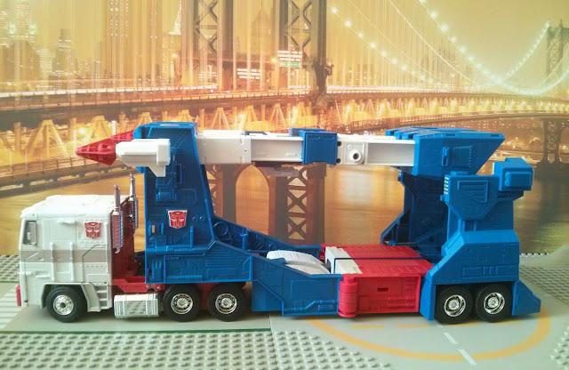masterpiece ultra magnus truck