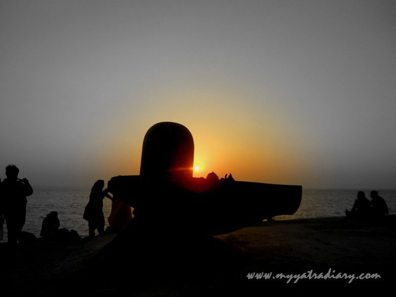 Beautiful Sunset at Bhadkeshwar Shiv Temple, Dwarka, Gujarat