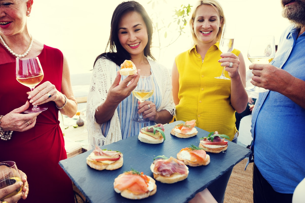 To Make Things Even More Easier Peter Minkoff Has Written A Wonderful Guest Post On How Dress For Summer Office Party