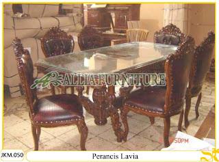 Kursi dan Meja Makan Kayu Jati Ukiran Perancis Lavia