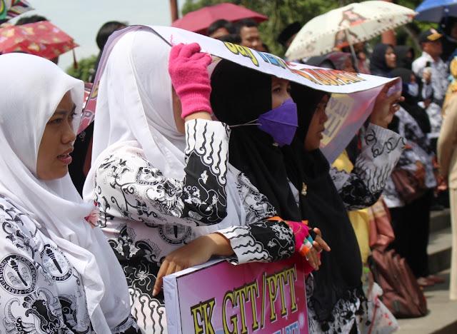 Guru Honorer Kebumen Gugat Presiden dan MenPAN-RB ke Pengadilan Negeri Jakarta Pusat