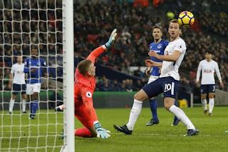 Tottenham vs Liverpool score: Follow the Premier League