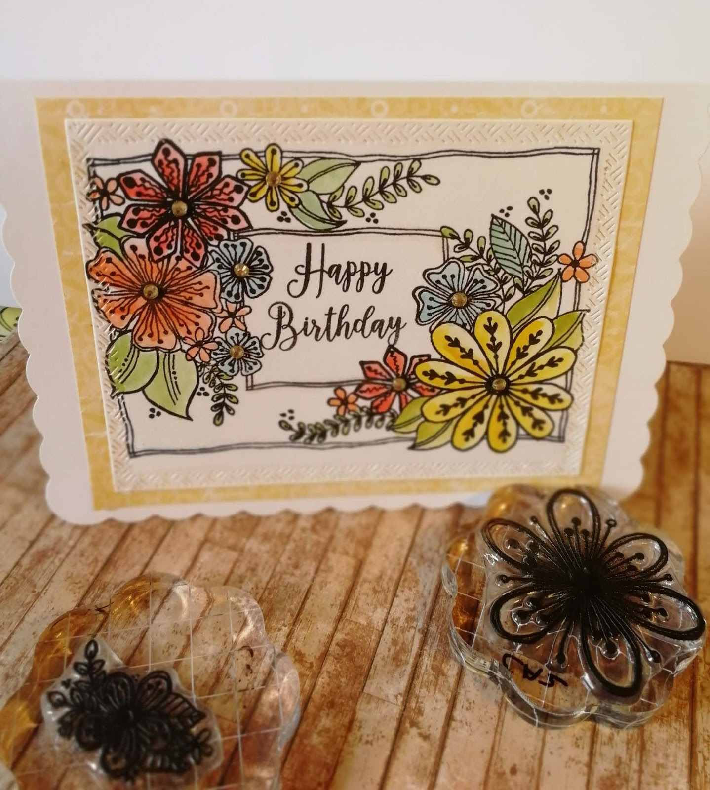 A Stamping Chirping Corner Floral Upsy Daisy