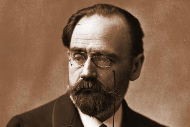 L'écrivain français : Émile Zola.