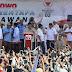 Puluhan Ribu Massa Sambut Hangat Kampanye Prabowo di Karawang