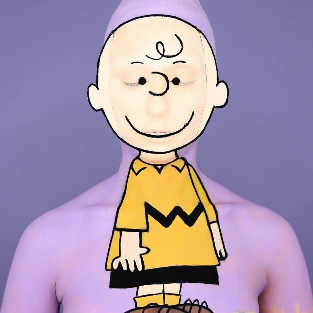 14-Charlie-Brown-Peanuts-Annie-Thomas-TV-Cartoon-Characters-on-Body-Painting-www-designstack-co