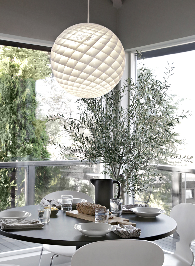 louis poulsen patera pendand light reelinki. Black Bedroom Furniture Sets. Home Design Ideas
