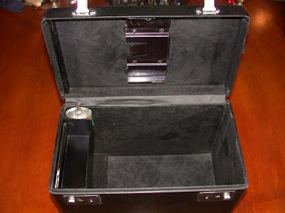 Singer 221 Featherweight Sewing Machine Case