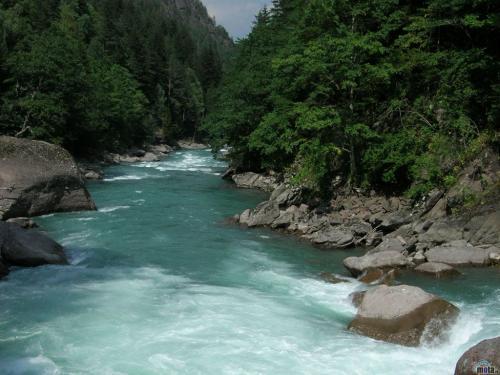 Gambar Gambar Sungai yang Indah