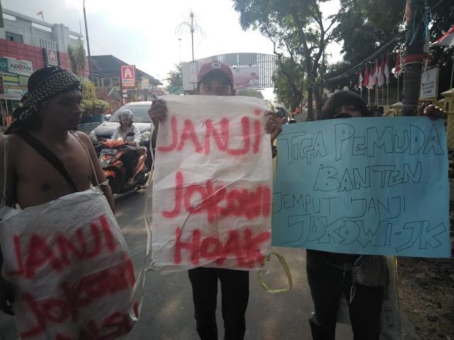 Jemput Janji Jokowi Tiga Pemuda Banten Longmarch ke Istana