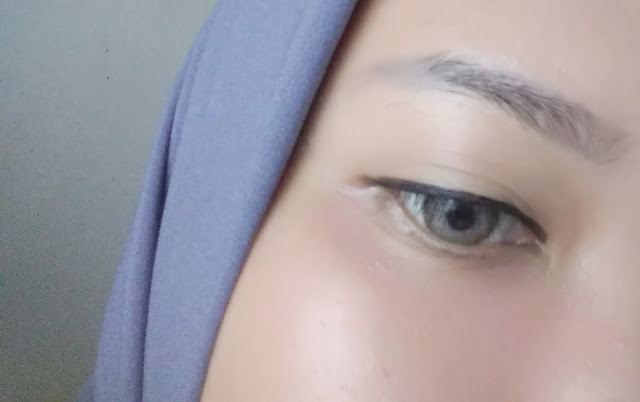 Wardah EyeXpert Matic Brow Grey