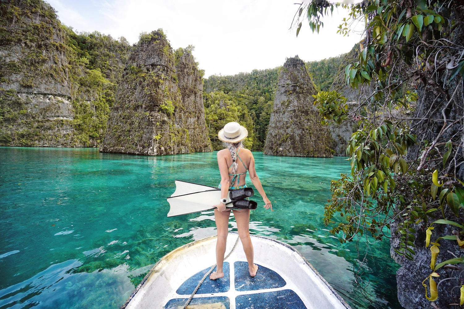 """<a href=""""http://mataram.info/things-to-do-in-bali/visitindonesia-banda-marine-life-the-paradise-of-diving-topographic-point-inward-fundamental-maluku/"""">Indonesia</a>best destinations : Misool: Gate Of Heaven"""