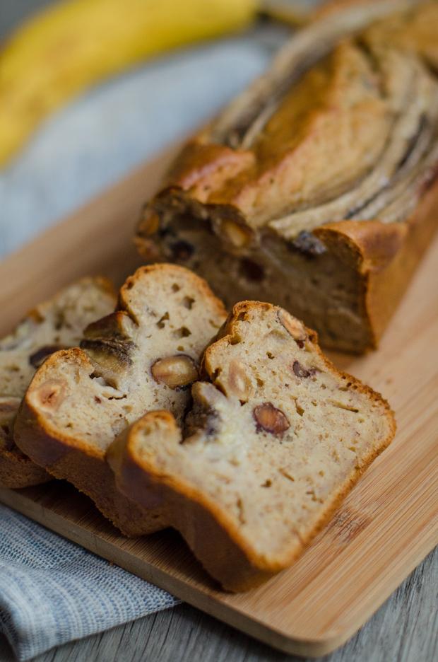 Banana bread aux noisettes {healthy, sans lactose}