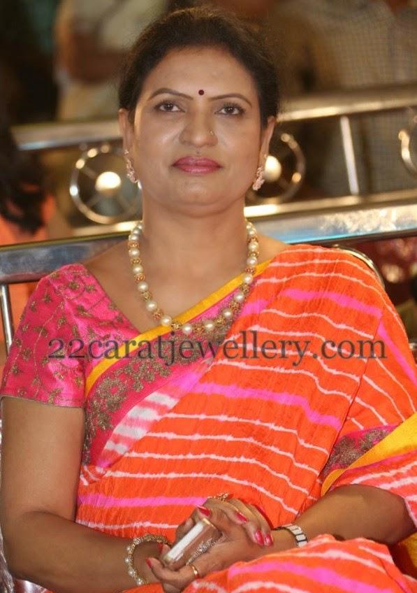 Dk Aruna Pearls Bracelet Jewellery Designs