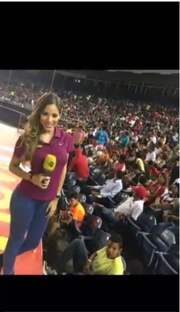 Video de la presentadora del canal 21