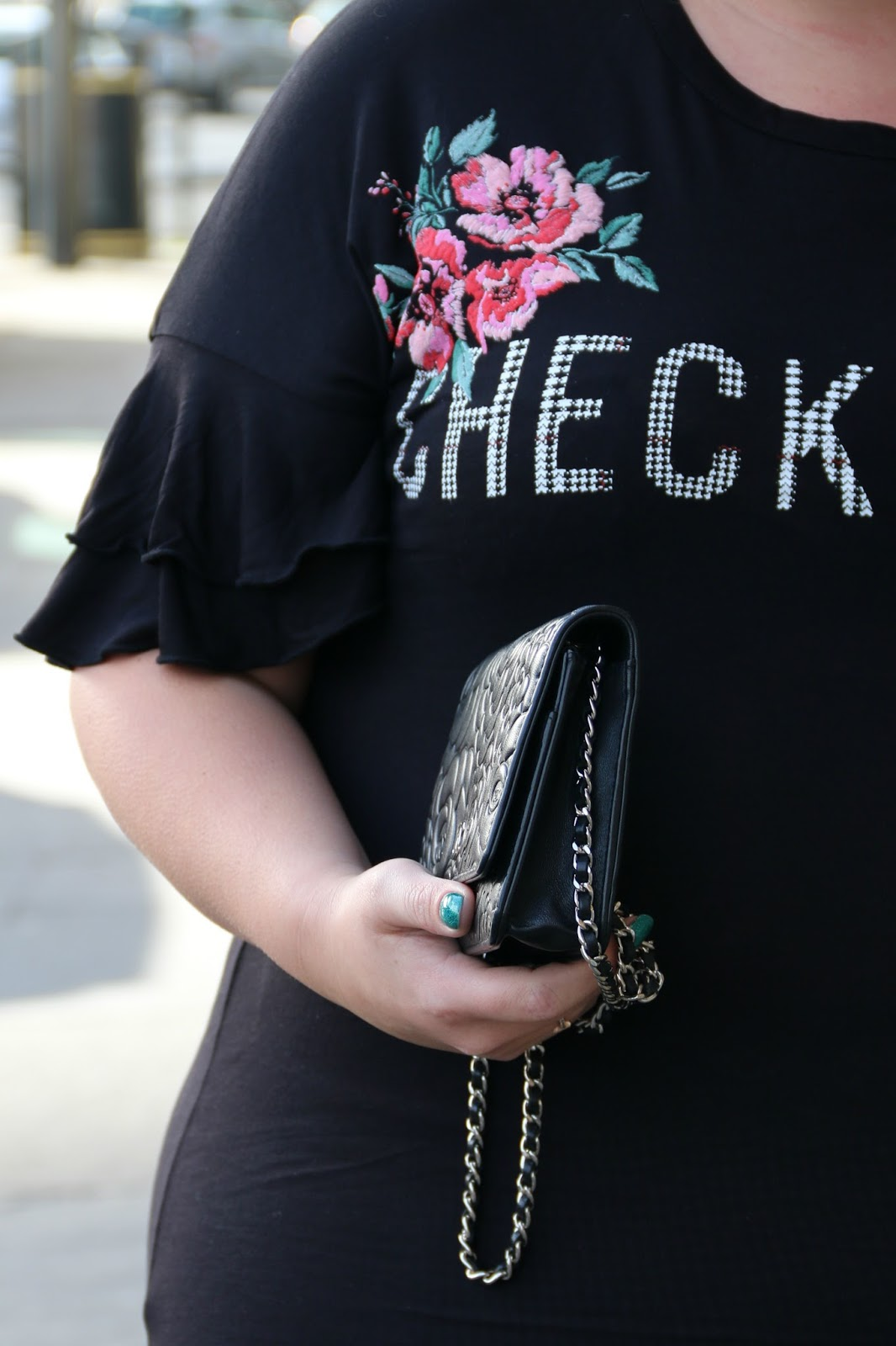 Dressing For A Girl About Town In Spring, Plus Size Outfit Blogger WhatLauraLoves