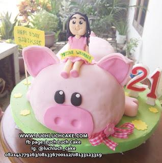 3d Fondant Babi Pink Pig Birthday Cake