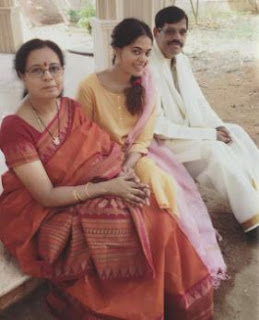 Bindu Madhavi Family Husband Parents children's Marriage Photos