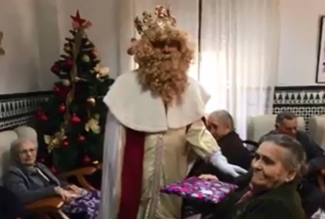 https://www.facebook.com/Residencia-Municipal-Sagrada-Familia-1419923114891050/?fref=ts