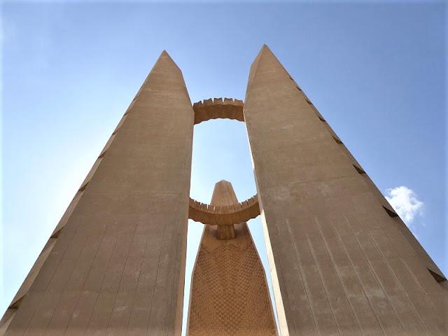 monumento dell'amicizia vicino alla diga di Assuan