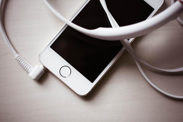 Mengapa Kabel Earphone Panjang Sebelah