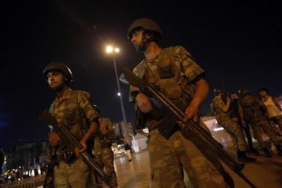 Sejumlah tentara Turki di pangkalan Ankara turut berjasa di balik gagalnya upaya kudeta