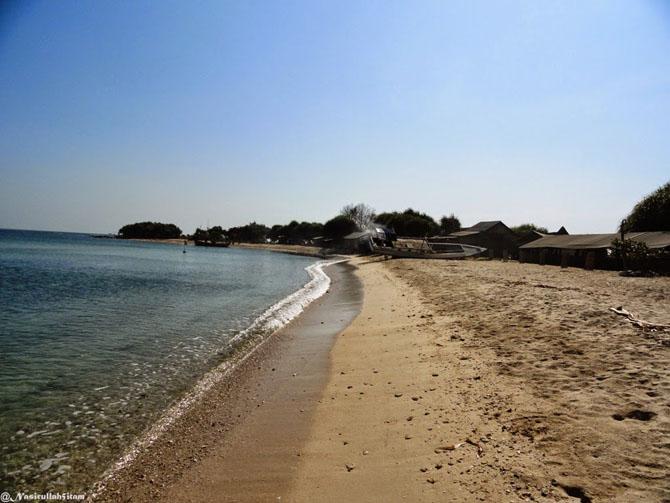 Pesisir di pantai Empu Rancak, Karanggondang, Jepara