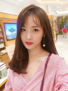 Gái xinh facebook hot girl Trương Mỹ Nhân the face