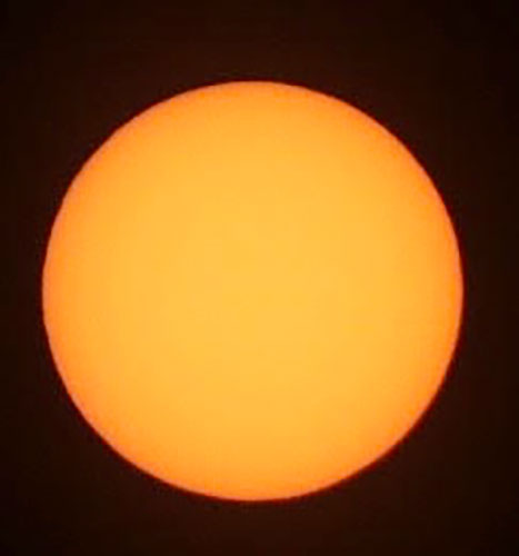 No warning on the sun? (Source: Palmia Observatory, 200mm DSLR)