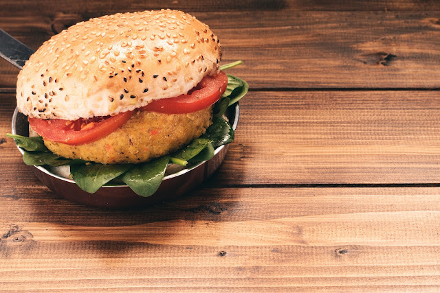 How to make a vegan burger - two easy recipes
