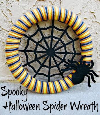 Spooky Halloween Spider Web Wreath | It's Always Ruetten